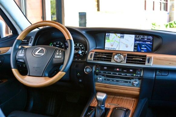 2014 Lexus LS460