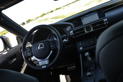 2015 Lexus IS350 F SPORT_16