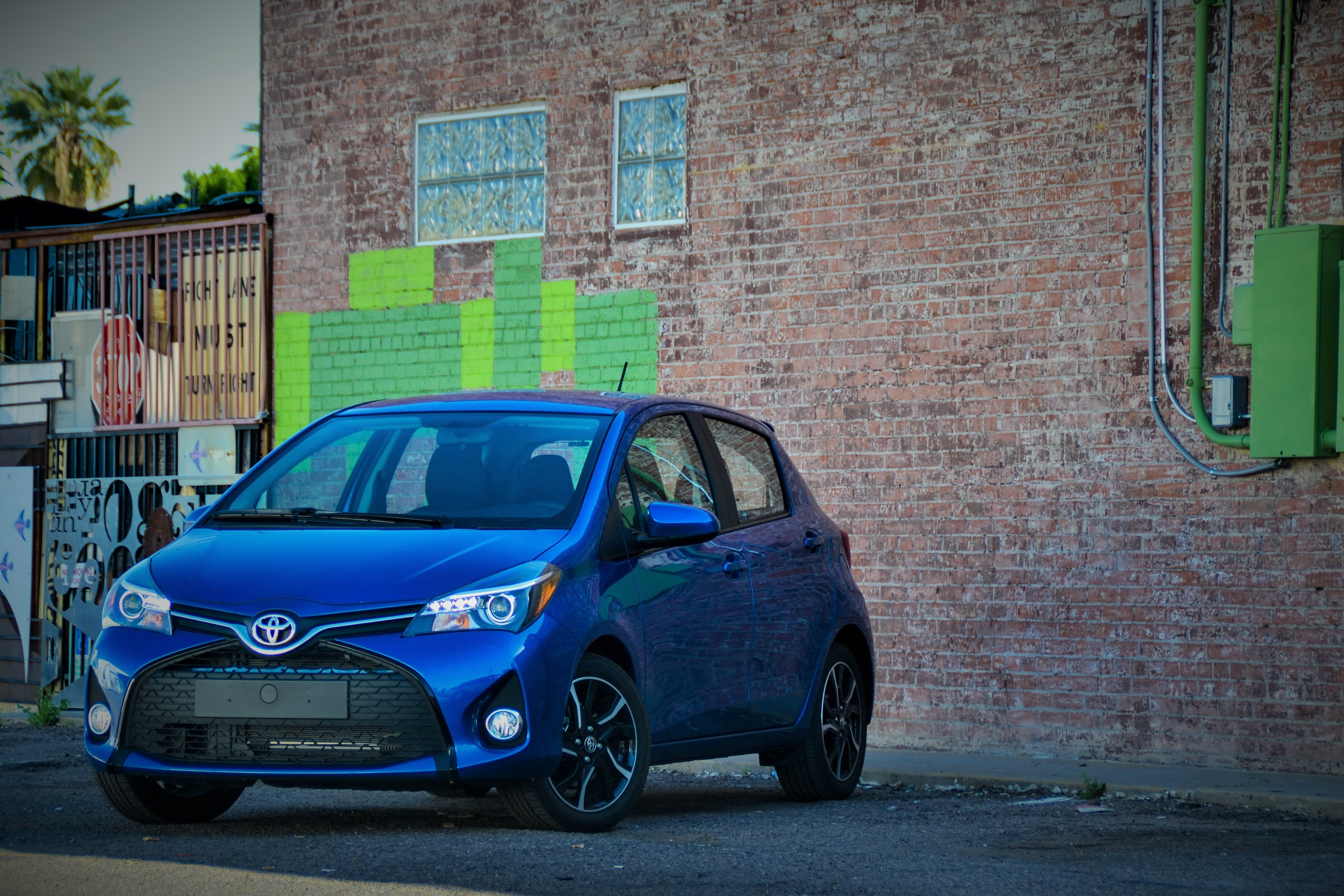 first drive size yaris image september x l toyota