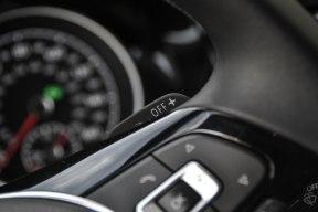 2015 VW Golf SportWagen_33