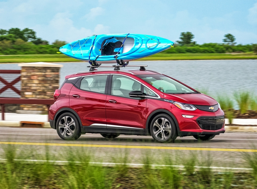 2017-Chevrolet-BoltEV-085.jpg